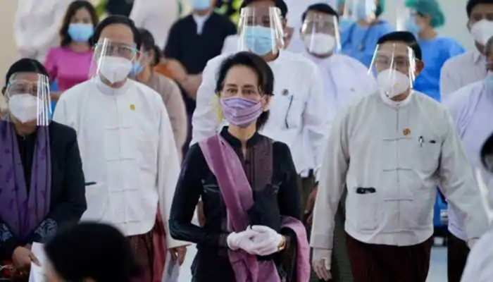 म्यांमार में तख्तापलट के बाद एक साल के लिए लगी इमरजेंसी, भारत समेत इन देशों ने की निंदा