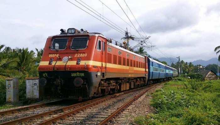 भारतीय रेलवे ने दी खुशखबरी, फरवरी में फिर से ट्रैक पर दौड़ेंगी ये 32 ट्रेनें, यहां देखें पूरी लिस्ट