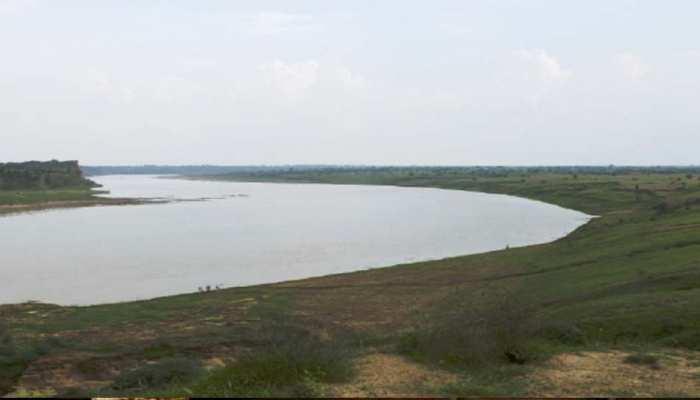 Unique UP: उत्तर प्रदेश में है एक शापित नदी, पानी पीना तो दूर, छूने से भी डरते हैं लोग