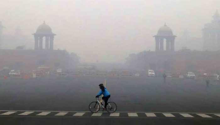 Weather Update: Delhi-NCR  में ठंड नहीं, कोहरा बना परेशानी की वजह, जानिए मौसम विभाग ने क्या कहा