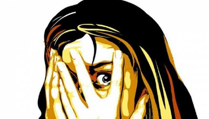 Munger: बच्चों के साथ सोई महिला से रेप की कोशिश, FIR दर्ज कराने पर आरोपियों ने किया कुछ ऐसा