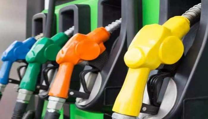 Petrol Diesel Price लगातार छू रहे आसमान, Delhi-Noida का Rate जानिए