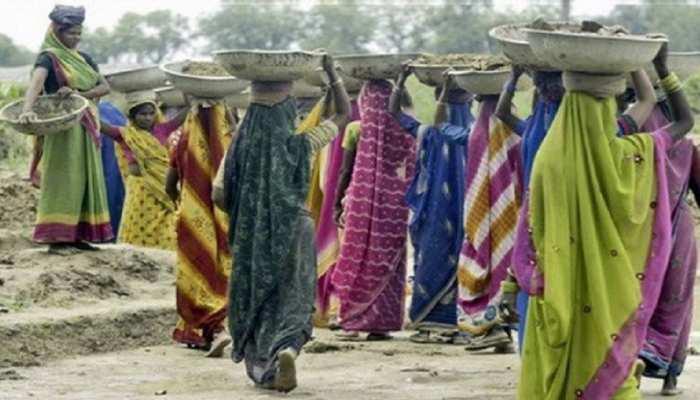 Jharkhand सरकार की इस योजना ने बदली महिलाओं की जिंदगी, लाखों परिवार को मिल रहा लाभ