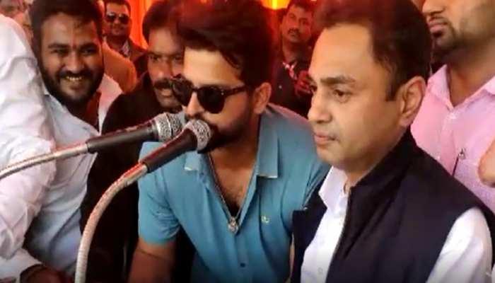सुरेश रैना को भाया छिंदवाड़ा, MP के इकलौते कांग्रेस सांसद की तारीफ में कही ये बात