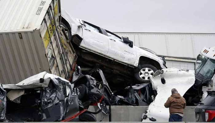 at least 6 killed in 130-vehicle pileup on icy Texas interstate
