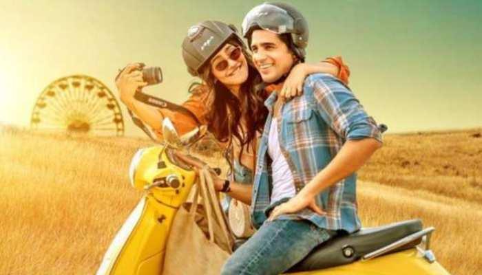Valentine Day से पहले Sidharth Malhotra जता रहे Neha Sharma से 'Thoda Thoda Pyaar'