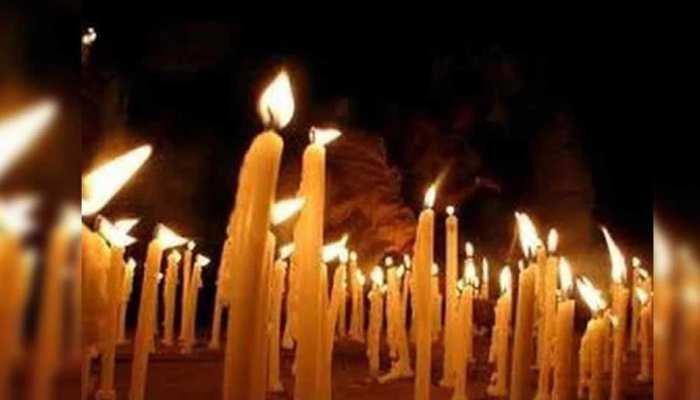 Pulwama Attack: शहीदों के नाम पर आयोजित हुआ कार्यक्रम, पीड़ित परिवार को किया गया सम्मानित
