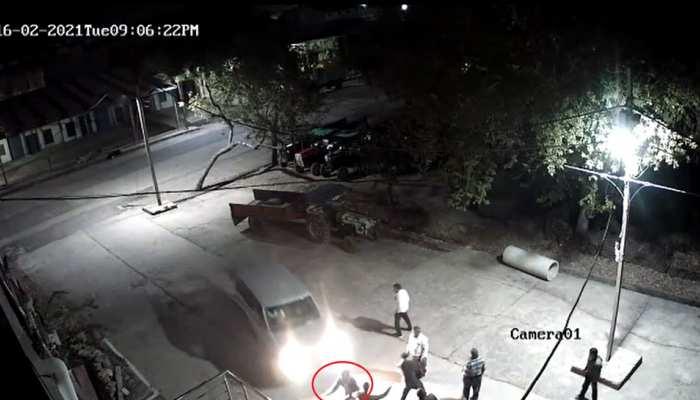 CCTV में कैद मौत का लाइव मंजर, स्कॉर्पियो से कुचलकर ड्राइवर हुआ फरार