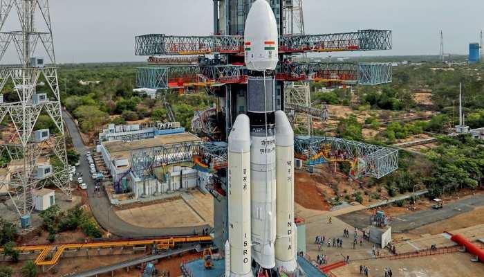 NASA ने मार्स पर उतारा यान, जाने क्या है भारत का मंगलयान-2 प्लान?