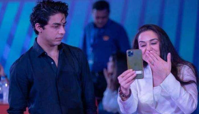 IPL Auction 2021: Preity Zinta ने Aryan Khan को चिढ़ाया, 'हमें Shahrukh मिल गया'