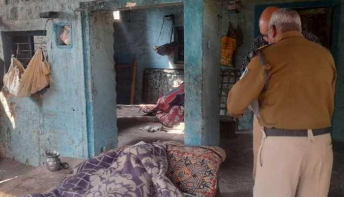 सिद्ध बाबा मंदिर के महंत की आधी रात हत्या, चेहरे और सिर पर कुल्हाड़ी से वार
