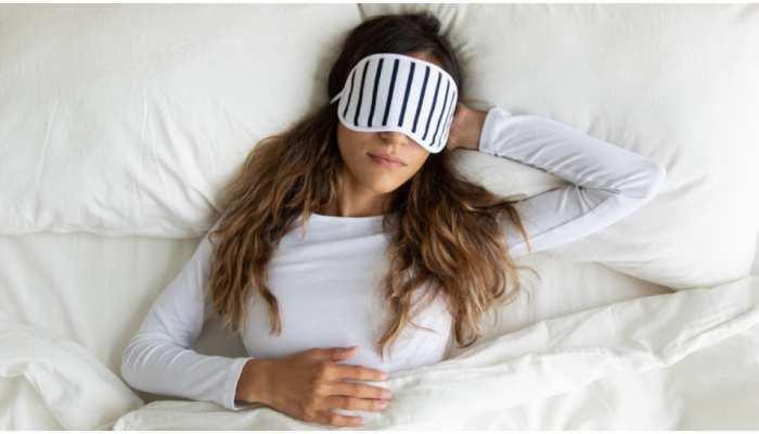 Bad Pillow Side Effects: गलत तकिया बिगाड़ सकता है आपकी सेहत, जानिए चेक करने का तरीका