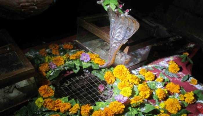 महादेव का अनोखा मंदिर जहां होती है उनके अंगूठे की पूजा, जानें इसके पीछे की कहानी