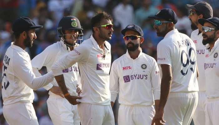 IND vs ENG: Axar Patel और Ravichandran Ashwin की फिरकी में फंसा England