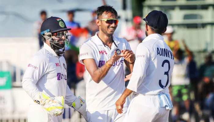 IND VS ENG: Axar Patel को 'वसीम भाई' कहकर बुलाते हैं Rishabh Pant, गेंदबाज ने खोले राज
