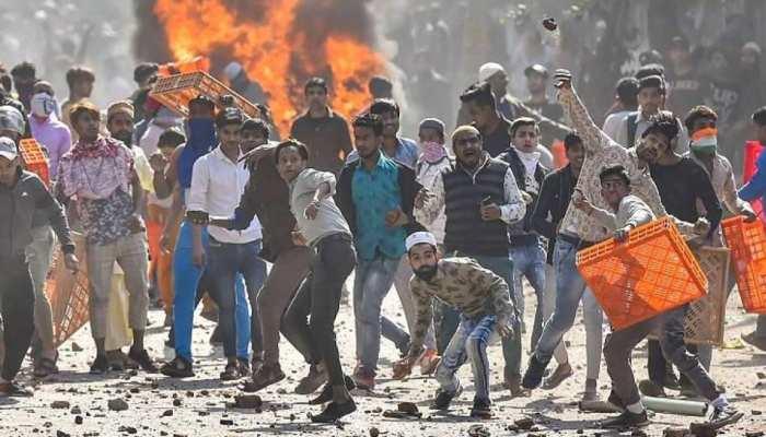Delhi Riot: दिल्ली पुलिस ने बताया कैसे हुए थे दंगे, कोर्ट में दिया Animation Presentation