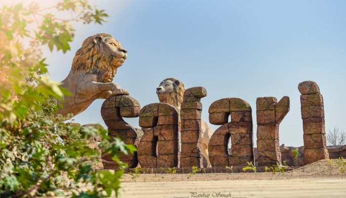 पटौदी और मरियम से बढ़ेगी गोरखपुर की शान, लेकिन सपाइयों को कर रही यह बात परेशान