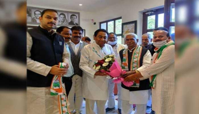'गोड़से भक्त' पर दो खेमों में बंटी MP कांग्रेस, एक कमलनाथ तो दूसरा अरुण यादव के साथ