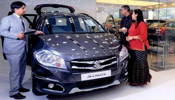 Maruti ने फरवरी में भी जमकर बेची गाड़ियां, छोटी कारों को छोड़ SUV की ओर लपके ग्राहक