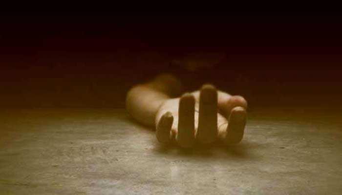 Chapra: बेखौफ अपराधियों ने वार्ड सदस्य को गोलियों से भूना, आक्रोशित लोगों ने पुलिस वाहन को किया आग के हवाले