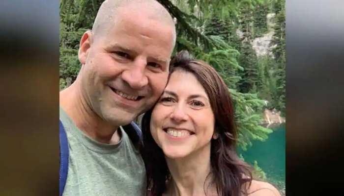 Jeff Bezos की पूर्व पत्नी MacKenzie Scott ने रचाई शादी, Science Teacher को बनाया अपना हमसफर