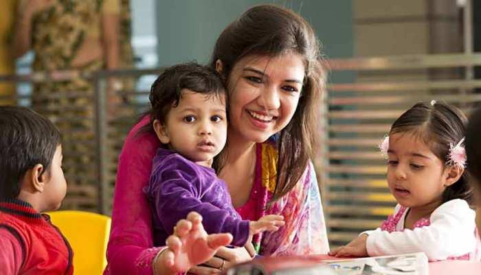 Karnataka: राज्य सरकार का महिला कर्मचारियों का बड़ा तोहफा, बच्चे की देखभाल के लिए मिलेगी 6 महीने की छुट्टी