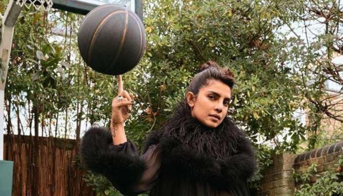 Priyanka Chopra ने हाई हील पहन कर खेला बास्केट बॉल, Hrithik Roshan ने किया ट्रोल