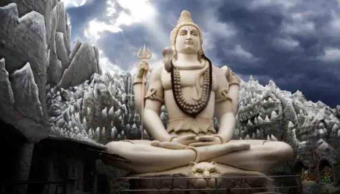 Daily Horoscope 11 March 2021: महाशिवरात्रि पर आज भगवान शिव को भीमसेनी कपूर अर्पण करें, होगा बड़ा धन लाभ