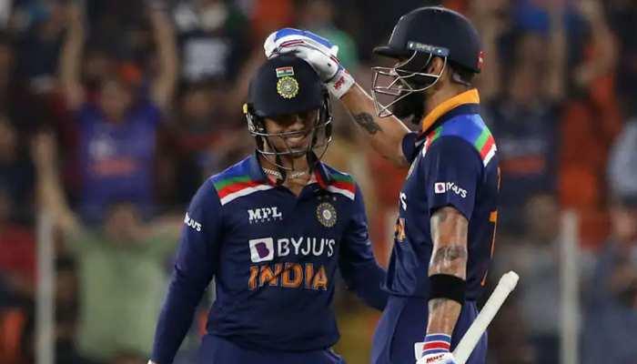 IND vs ENG: Virat Kohli ने जब Ishan Kishan को हाफ सेन्चुरी के बाद कहा- 'ओए बैट दिखा, बैट', देखें ये मजेदार VIDEO