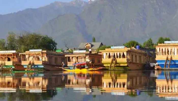 Kashmir ने बनाया पर्यटकों का रिकॉर्ड, साल 2012 के बाद आए सबसे ज्यादा करीब 50 हजार टूरिस्ट