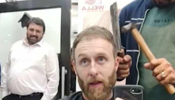 क्या आप में हैं हिम्मत इस नाई से बाल कटवाने की? वीडियो देख कांप उठेगी रूह
