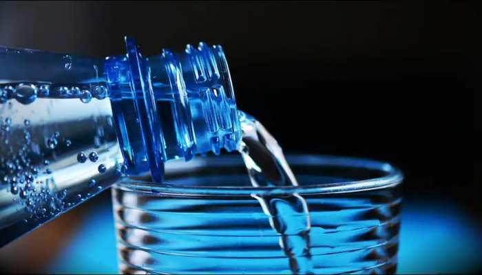 Tap Water से लेकर Bottled Water तक, पानी के लिए यहां चुकाने पड़ते हैं सबसे ज्यादा दाम, Report में खुलासा