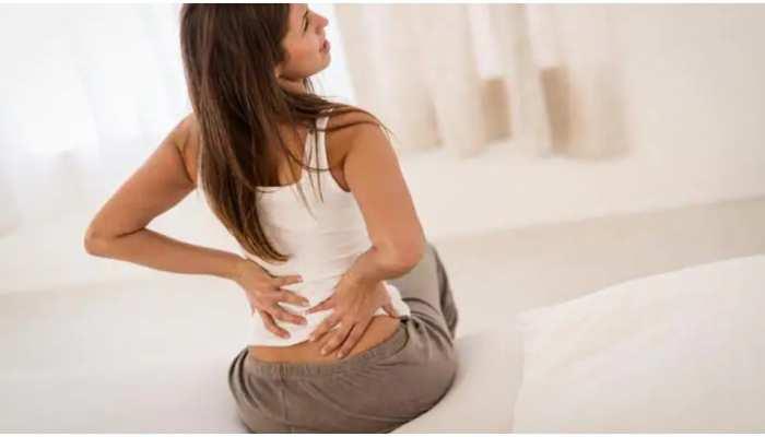 Back & Shoulder Pain: पीठ और कंधे दर्द से परेशान हैं तो Lifestyle में करें ये बदलाव, जल्द मिलेगा आराम