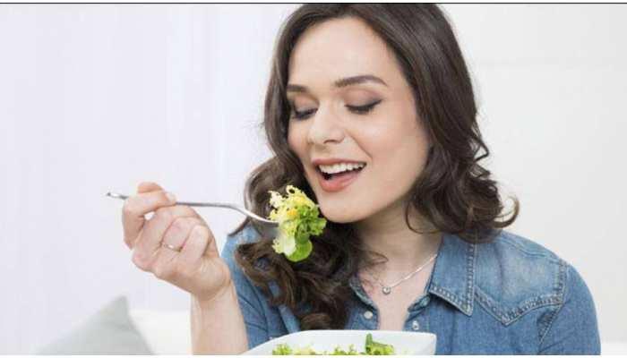 Weight Loss Diet: वजन कम करने के लिए सोने से इतने घंटे पहले कर लें Dinner, फायदे में रहेंगे आप
