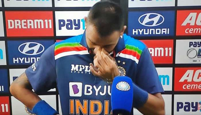 IND vs ENG: फिफ्टी लगाने के बाद Interview के दौरान रो पड़े Krunal Pandya, कहा-'ये मेरे पिता के लिए था'