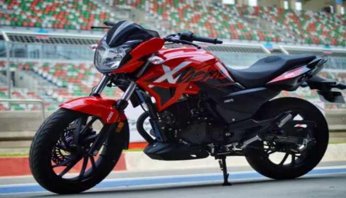 Hero Motocorp ने महंगा किया बाइक और स्कूटर, 1 अप्रैल से 2,500 रुपये तक बढ़ेंगे दाम