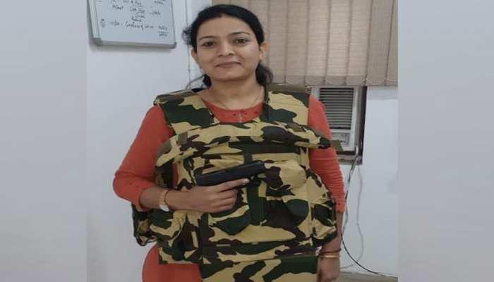 Delhi Police Encounter: SI Priyanka ने 4 लाख के इनामी बदमाश पर सेल्फ डिफेंस में चलाई गोली