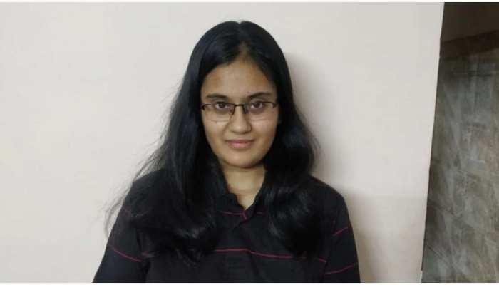 JEE Main Result 2021: दिल्ली की Kavya Chopra ने रचा इतिहास, फुल मार्क्स स्कोर करने वाली पहली छात्रा