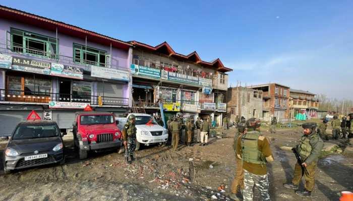 J&K: श्रीनगर में CRPF की पेट्रोलिंग पार्टी पर Terrorist Attack, 2 जवान शहीद; 2 घायल