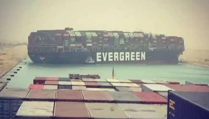 Evergreen Container: ସମୁଦ୍ରରେ ଟ୍ରାଫିକ ଜାମ; ଭାଇରାଲ ହେଉଛି Memes
