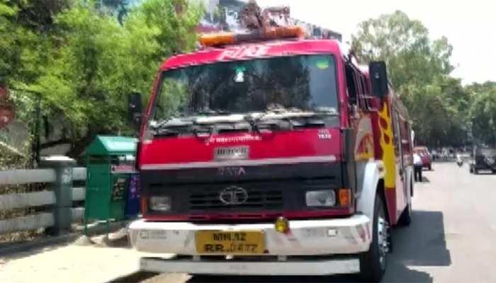 महाराष्ट्र: पुणे के शॉपिंग मॉल में केमिकल लीक से हड़कंप, मशक्कत के बाद काबू में हालात; जांच के आदेश