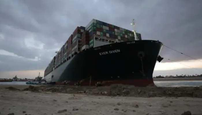 Suez Canal ରାସ୍ତାରୁ ବାହାରିଲା Ever Green Container; ସ୍ୱାଭାବିକ ହୋଇନାହିଁ ବିଶ୍ୱ ବାଣିଜ୍ୟ