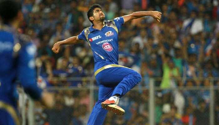 IPL 2021: मैदान में उतरने को बेताब Jasprit Bumrah, होटस रूम में ही शुरू की ट्रेनिंग