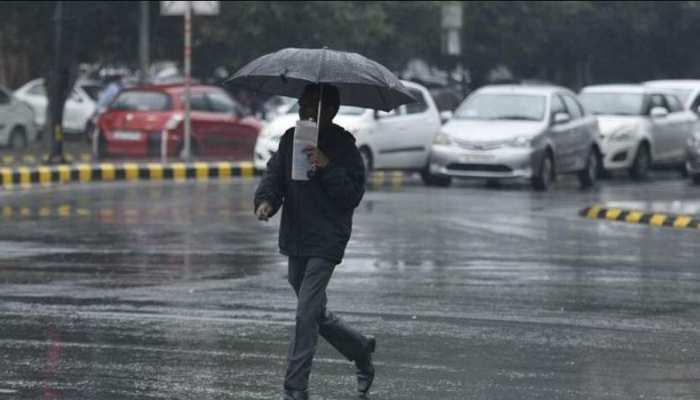 Weather Update: गर्म हवाओं से मिलेगी राहत, इन इलाकों में हो सकती है भारी बारिश