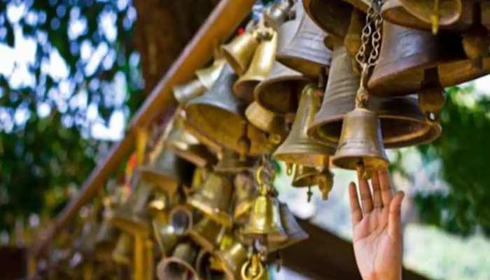 योगी सरकार का फैसला, नवाबों के शहर में लगी मंदिरों में घंटी बजाने पर पाबंदी
