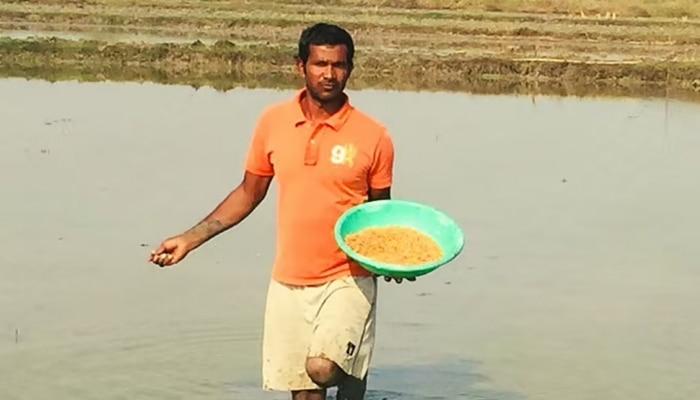 बारिश के पानी को रोक कर इस तरह 16 लाख रुपये सालाना कमा रहा है यह शख्स