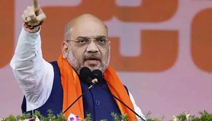 गृह मंत्री अमित शाह ने किया मुख्यमंत्री भूपेश बघेल को फोन, कहा- नक्सली हिंसा के विरुद्ध यह लड़ाई हम ही जीतेंगे