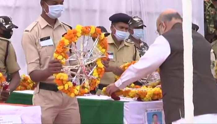 Bijapur Naxal Attack: गृह मंत्री अमित शाह ने जगदलपुर पहुंच शहीदों को दी श्रद्धांजलि, घायल जवानों से भी मिलेंगे