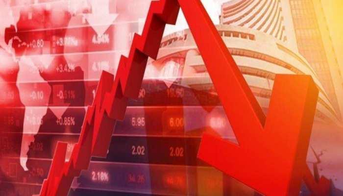 Share Market में भारी गिरावट, Sensex 1400, Nifty 400 अंक टूटा, निवेशकों के 4 लाख करोड़ रुपये डूबे