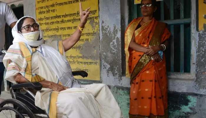 WB Assembly Election 2021: EC-CAPF ସହ ମୁହାମୁହାଁ ହେଲେ Mamata Banerjee